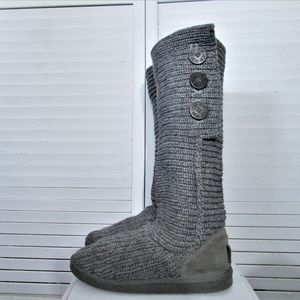 UGG Women's Classic Cardy II Casual Gray Boots 8